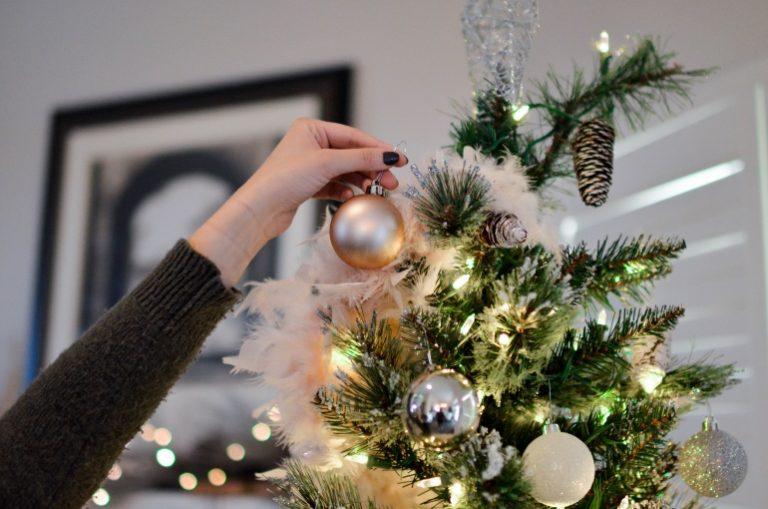 Künstlicher-Weihnachtsbaum-2